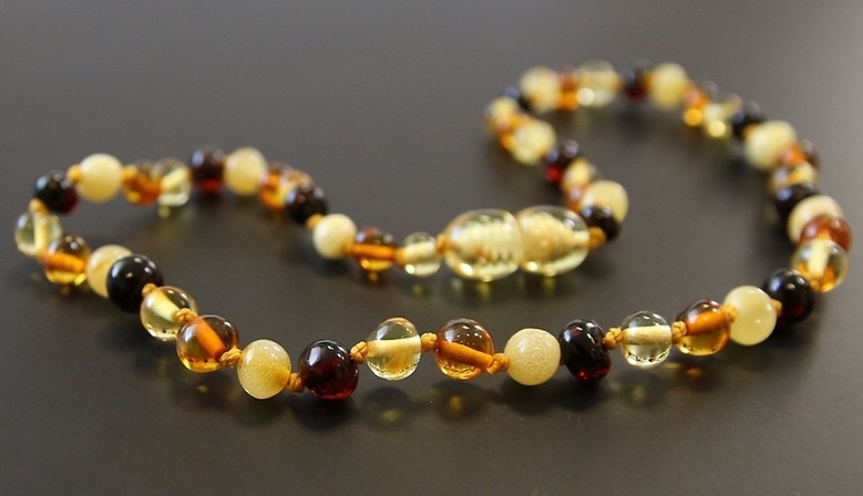 Amber baby multicolour necklace